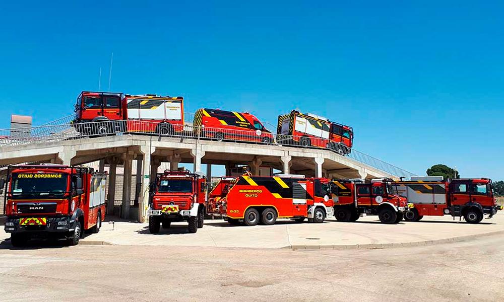 Entregados 27 camiones contraincendios a los Bomberos de Quito (Ecuador)